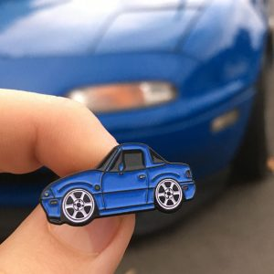 Mazda MX5 Mariner Blue Lapel Pin